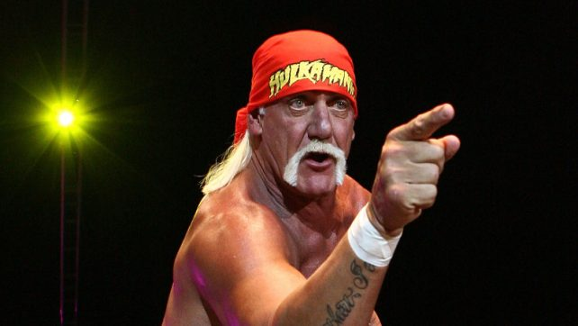 Hulk Hogan Documents Classic Wrestler Tans W/ Throwback Photo; Liv Morgan's Bash At The Beach (PHOTO)